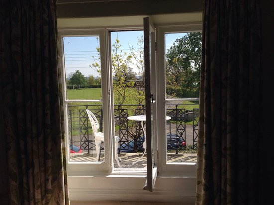 Farthings Country House Hotel and Restaurant : Willow room balcony
