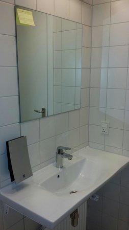 Ibsens Hotel : Salle de bain