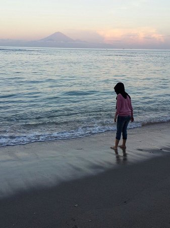 Kila Senggigi Beach Lombok: pantai