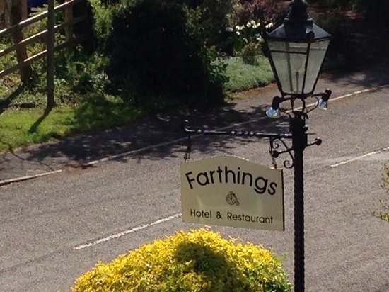 Farthings Country House Hotel and Restaurant: .