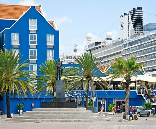 Otrobanda Hotel and Casino: At st Anna Bay Willemstad