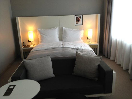 Sofitel Hamburg Alter Wall: Luxury Zimmer Kingsize Bett