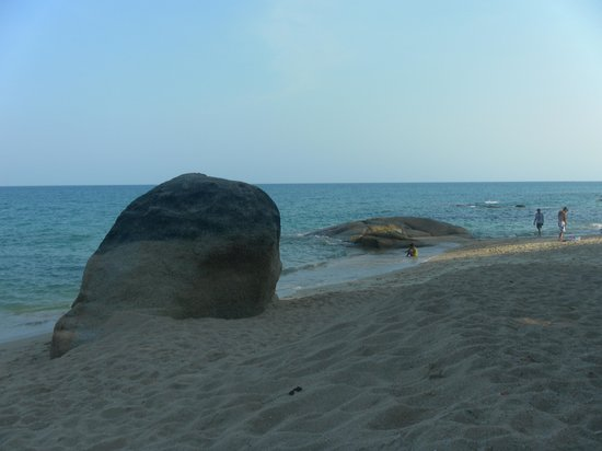 Baobab: Le rocher pour la photo souvenir !!!