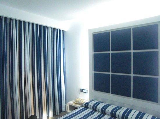 Sun Village : Detalle dormitorio