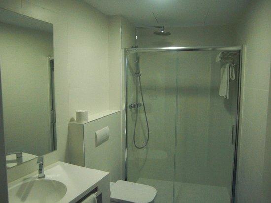 Sun Village : Baño en la habitación