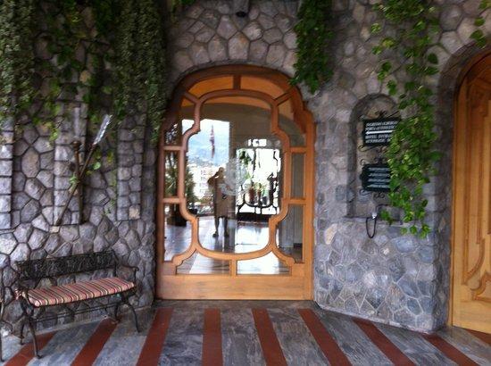 Grand Hotel Capodimonte: Where the experience starts......