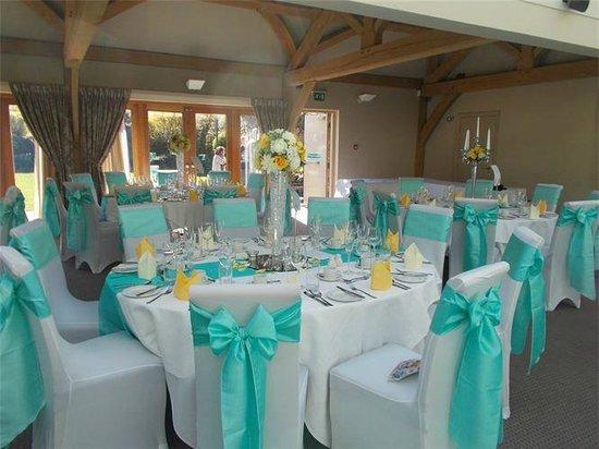 The White Hart Inn at Lydgate: The Oak Room