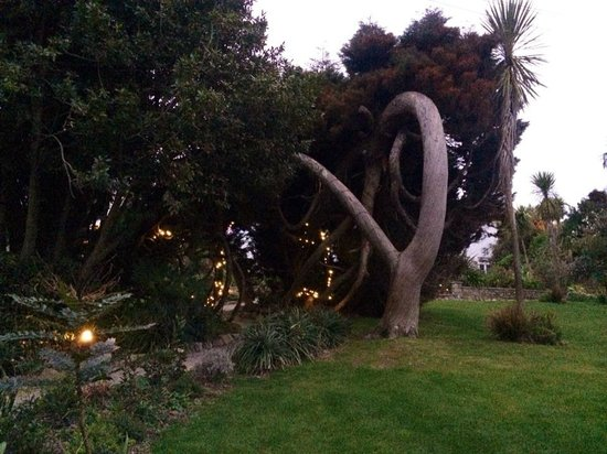 St Michael's Hotel & Spa: Hotel grounds