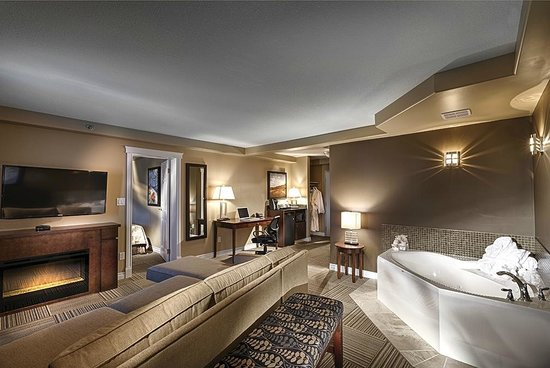 Jurassic Inn by Canalta Hotels: Jacuzzi Suite