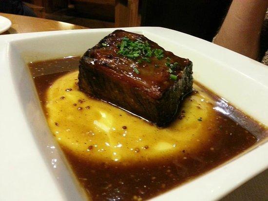 Restaurante El Molín de la Pedrera: Black Angus con parmentier de patata y mostaza en grano