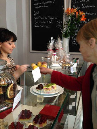 Berlin Food Tour: French patisserie with great macaroons