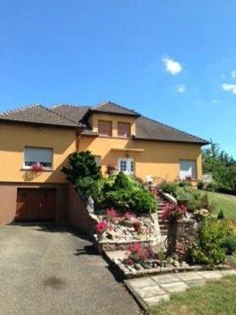 Chambres d'Hotes Ursula : La maison d'hôtes en Alsace chez Ursula au coeur du vignoble alsacien près de Riquewihr