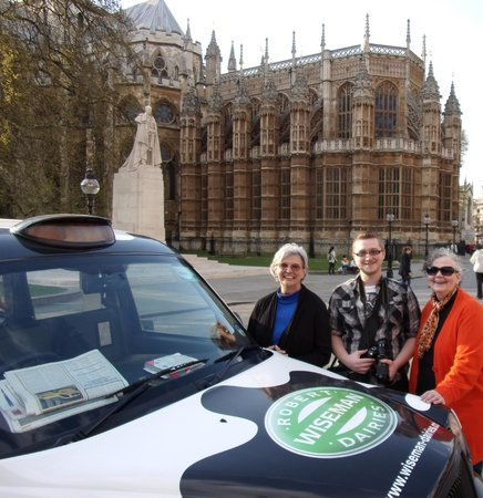 London Cabbie Tours - Private Tours: We love the Cow Cab and Steve! Check it out!