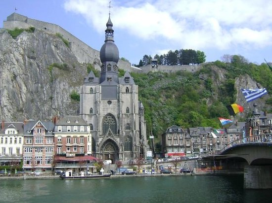 Church of Our Lady (Collegiale Notre-Dame), Dinant, Bélgica