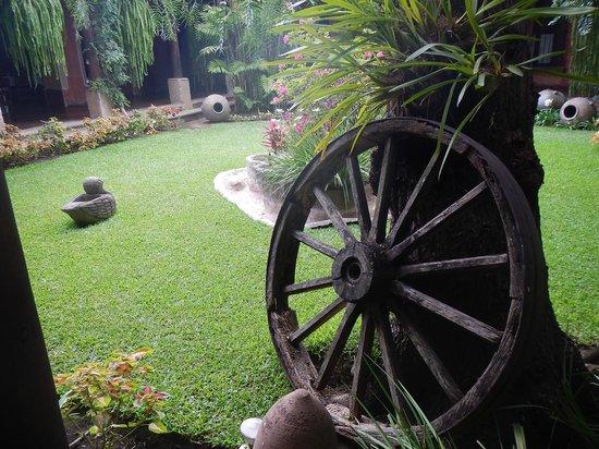 La Casa de los Sueños: Jardin