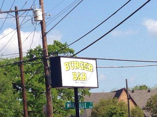 Burger Bar: New sign