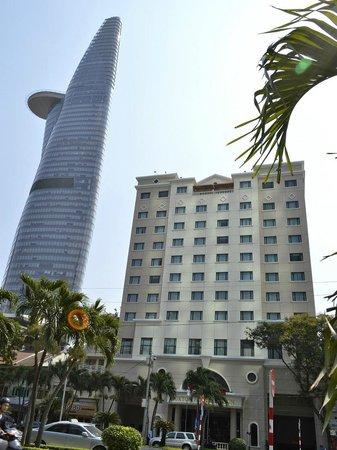 Saigon Prince Hotel: Hotel front