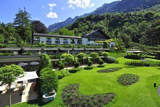 Parkhotel Sonnenhof: Вид на Отель