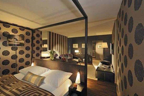 Parkhotel Sonnenhof: Номер в Отеле
