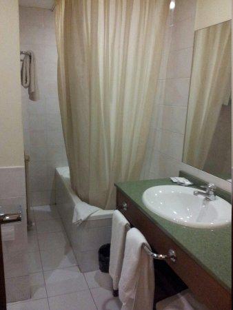 Hotel Tivoli: El baño