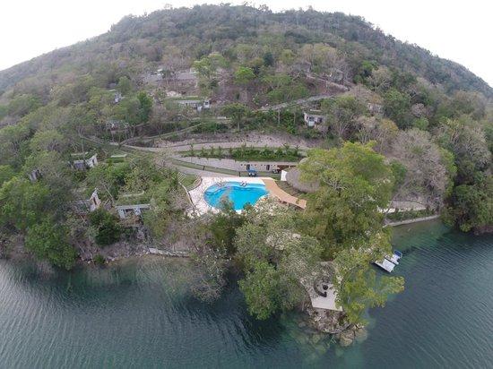 Bolontiku Hotel Boutique: Fotografia aerea del hotel tomada por Flying Farr