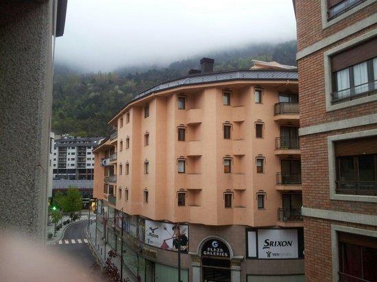 Hotel Tivoli: Vista habitacion 302