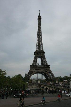 Ibis Paris Gare du Nord Chateau Landon : Это не гостиница, но гордость Парижа!