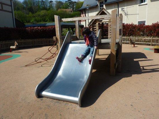 Pierre & Vacances Residence Premium Résidence & Spa : jeu pour enfants