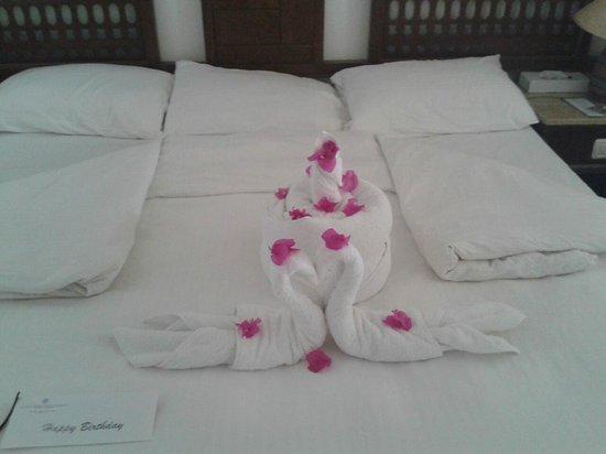 Sonesta Beach Resort & Casino : Towel Sculpture...