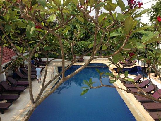 Tara Angkor Hotel : Pool