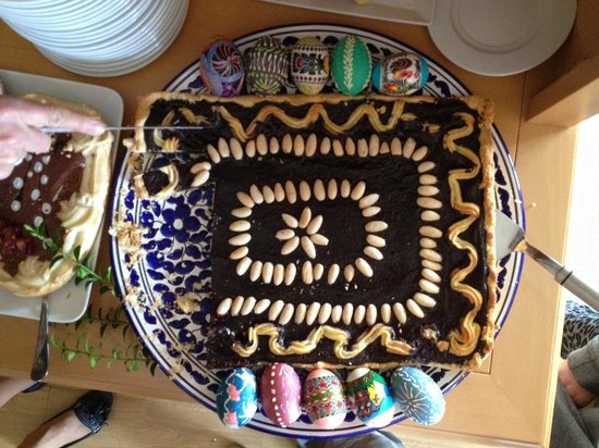 Kania Lodge: Easter cakes