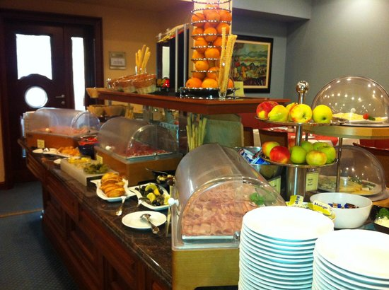 BEST WESTERN PREMIER Hotel Astoria: Breakfast