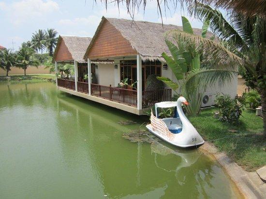 Jaidee Resort: Utsikt från restaurangen.