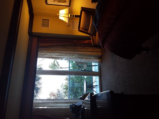Jupiter Beach Resort: our 2nd floor suite with an excellent view!