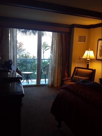 Jupiter Beach Resort & Spa: our 2nd floor suite with an excellent view!