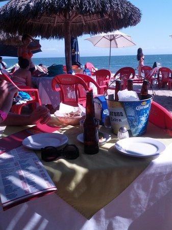 Royal Decameron Complex: Beach restaurant in Bucerias Mar Y Sol