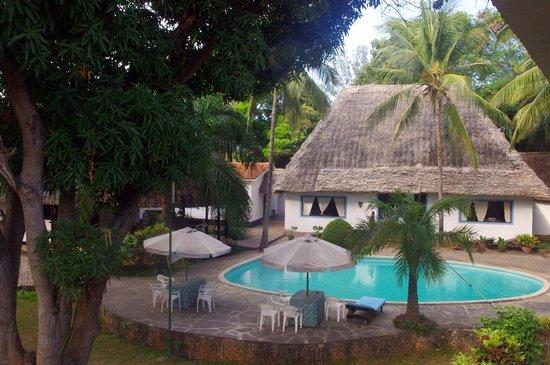 Paradiso Villaggio: la piscina