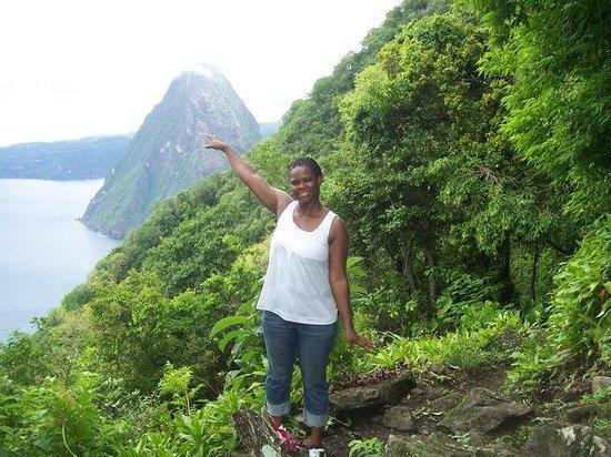 Pitons : Mid way climb up Gros Piton