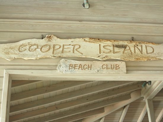 Cooper Island Beach Club: Restaurant entrance