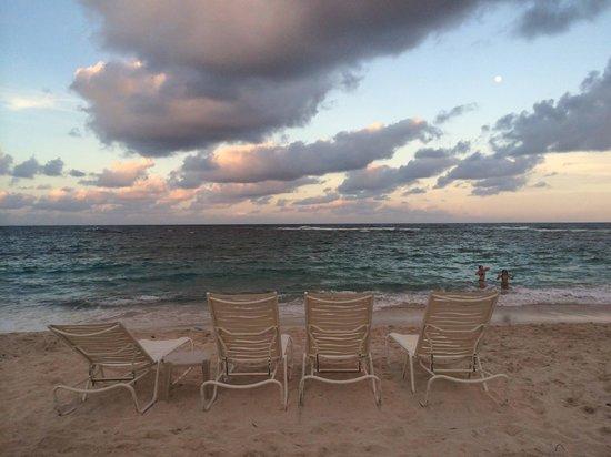 The Westin Dawn Beach Resort & Spa, St. Maarten: Sunset at Dawn Beach
