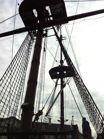 Museo Marítimo Nacional: Amsterdam ship 2
