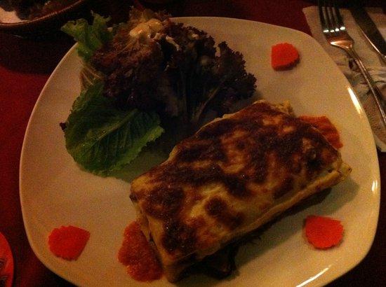 Anise Hotel: dinner at hotel restaurant