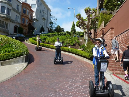Electric Tour Company Segway Tours : Lombard Street on Segways