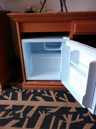 Inns Of Banff : Mini fridge