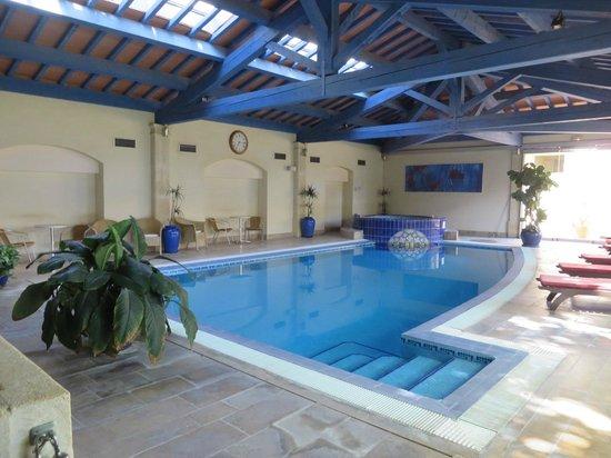 Villa Mazarin : piscine et jacuzzi