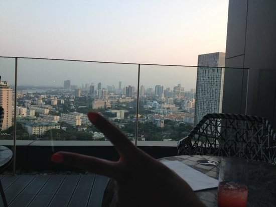 SO Sofitel Bangkok : Balcony at Club Signature, breakfast in peace