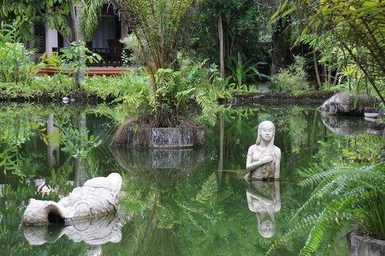 Mukdara Beach Villa and Spa Resort : Garten