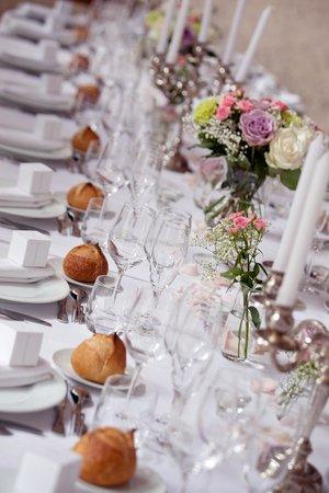 Chateau du Pian: table mariés