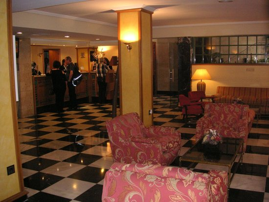 Monte Carmelo Hotel: die Rezeption