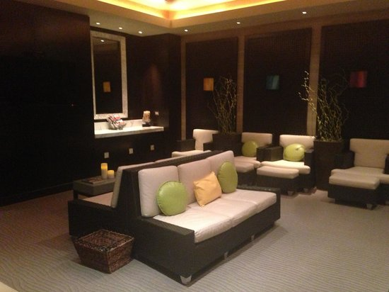 Qua Baths & Spa: Waiting area